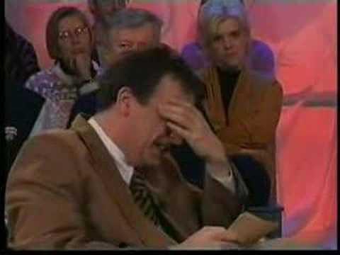 """""""Boemerang"""": Erik Hartman laughs at his guests. Subtitled."""