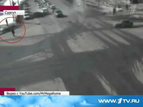 Мотоциклист круто ушел от аварии