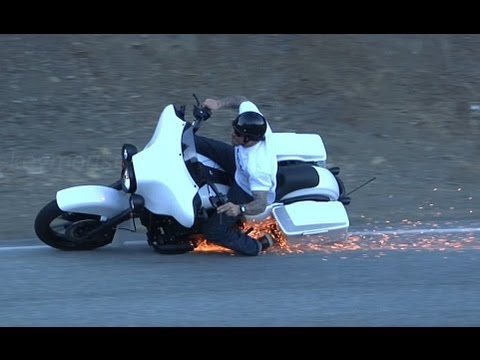 2011 Harley Davidson Lowside Motorcycle Crash