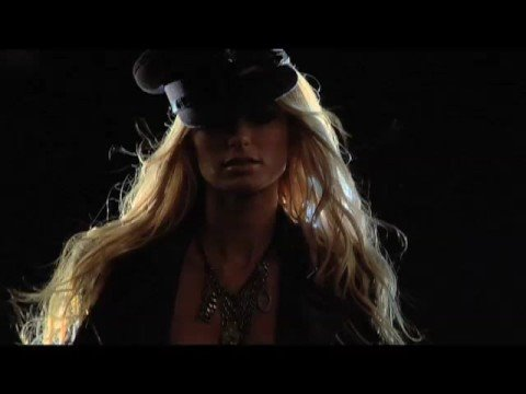 Marisa Miller & The Harley-Davidson® V-Rod Muscle™