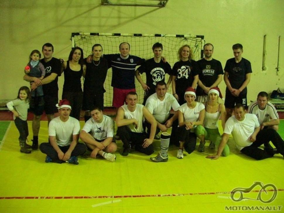 FUTBOLAS!!! Vilnius VS Kaunas!!!!! Širvintų Lauryno Stuokos Gucevičiaus Gimnazija 2009 12 12 Ivyko. 17:14