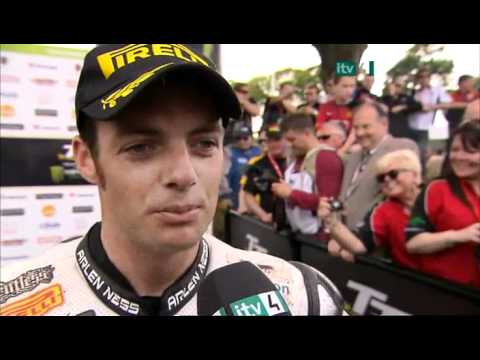 Isle of Man TT 2010 - FULL Superbike Race ITV4 III