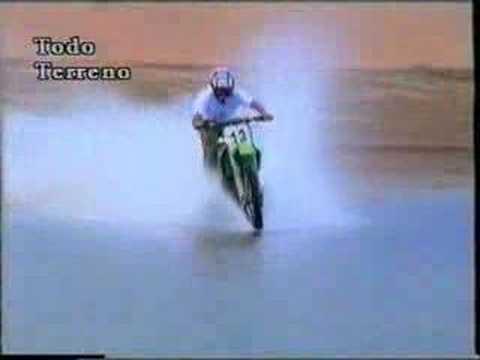 motociklu per vandeni.....