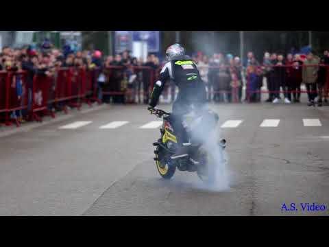 Stunt Riding by Aras Gibieža