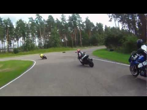TL1000S at Bikernieki trackday 2012 08 04.MOV