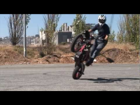 Ryan Moore SM stunts