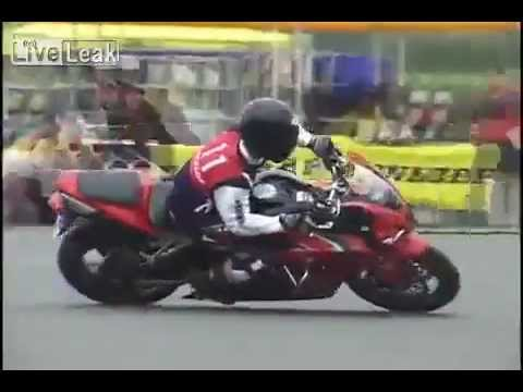UNREAL! Worlds Most Precise Motorbiker - Japan