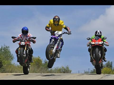 Road test: supermoto vs RSV4 vs Ducati