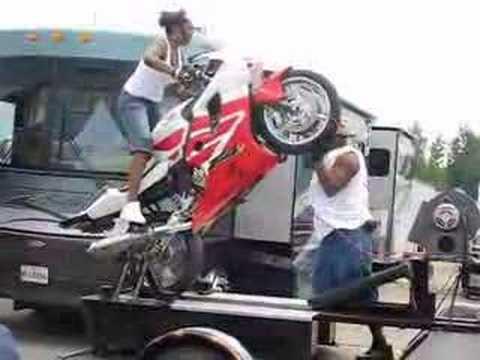 Pajausk važiavimą ant vieno rato!