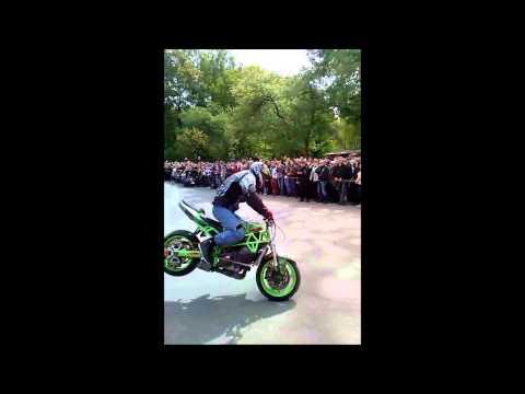 2014 Baikerių sezono atidarymas - stunt ride