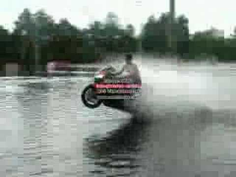 Sportbike water wheelie