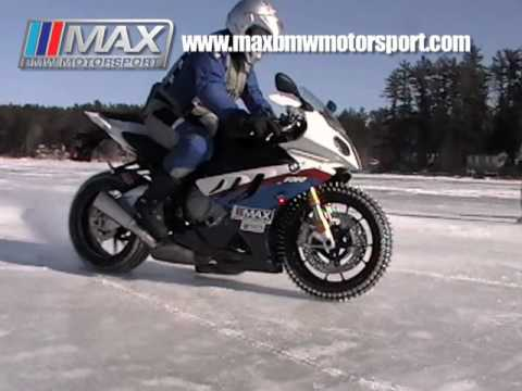 S1000RR on Ice - MAX BMW